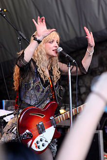 courtney_love_sxsw_stubbs_spin_party_2010
